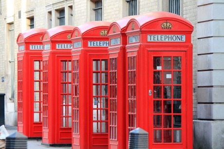 telephone-booths-256713_960_720